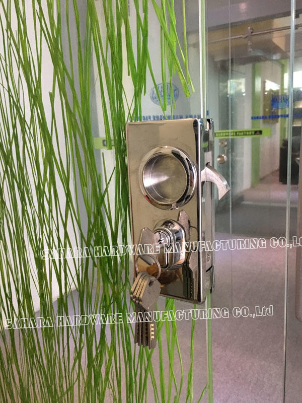 SAHARA Glass HARDWARE stainless steel cover bathroom glass door lock factory direct supply for home