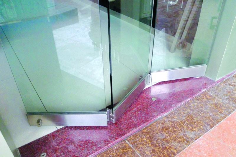 Folding Glass Partition Frameless Door - FD9000